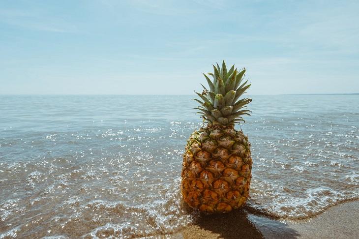 מאכלים עם נוזלים: אננס בים