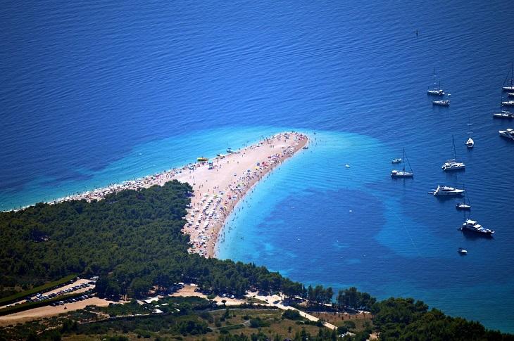 11 החופים היפים ביותר באירופה: חוף זלאטני ראט בקרואטיה