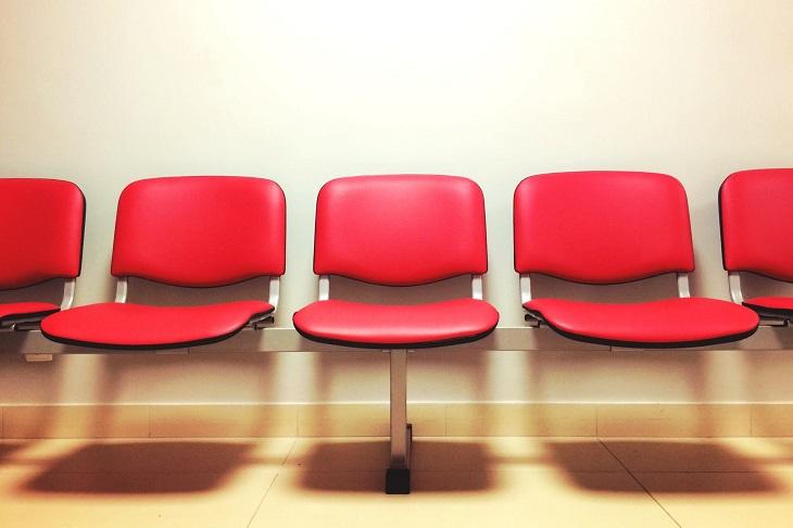 שיעורים לחיים: כסאות באולם המתנה