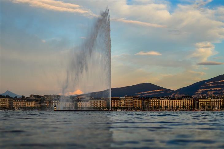 האזורים היפים ביותר בשווייץ: מזרקת סילון המים בז'נבה