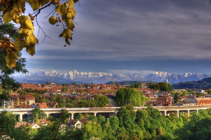 האזורים היפים ביותר בשווייץ: נוף של העיר ברן
