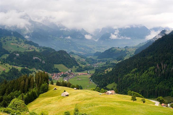האזורים היפים ביותר בשווייץ: נוף אזור הרי היורה