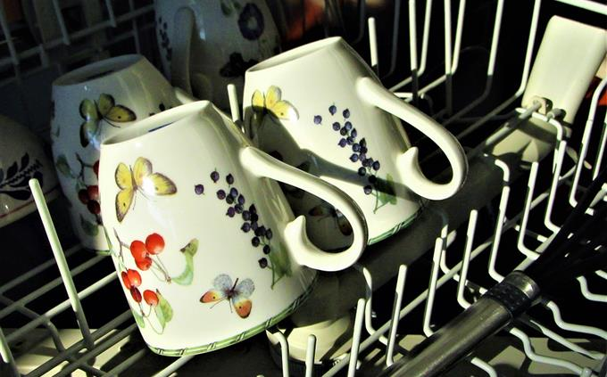 מבחן ידע כללי: כוסות במדיח כלים