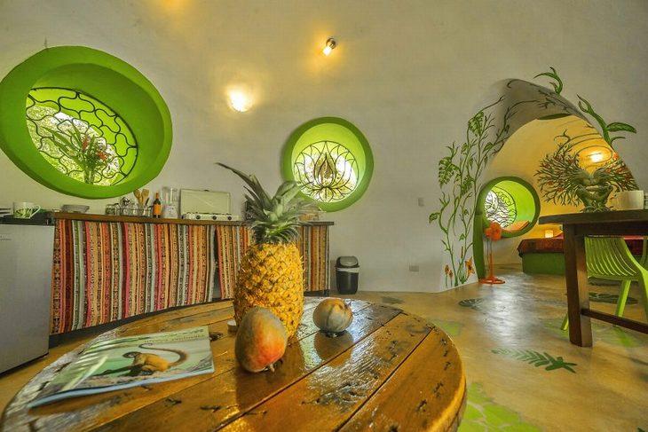 בניית בית חלומות בקוסטה ריקה: שולחן עם פירות