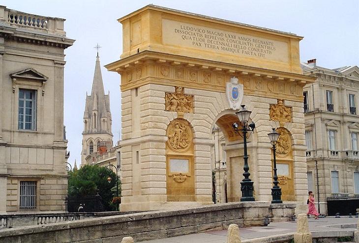 ערים גדולות בצרפת: שער הניצחון במונפלייה