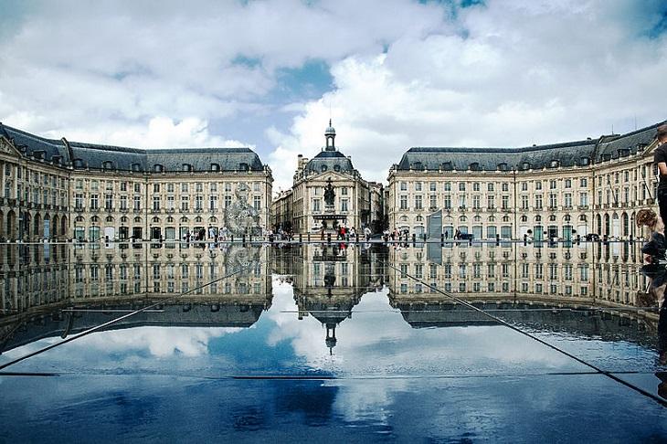 ערים גדולות בצרפת: פלאס דה לה בורס בבורדו