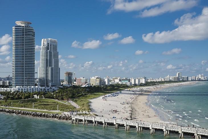 אתרים לילדים בארצות הברית: רצועת החוף במיאמי ביץ'