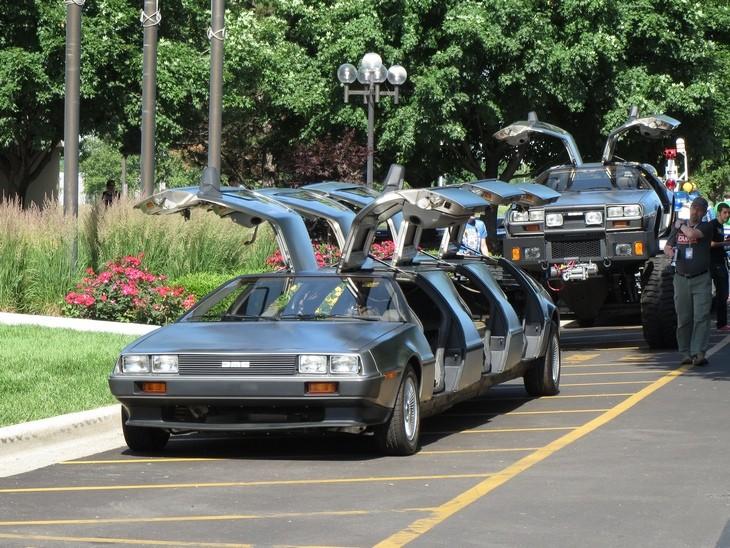 מכוניות מוגזמות: רכב דלוריאן בגרסת לימוזינה