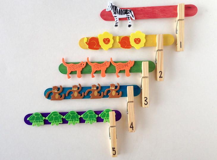 משחקים ופעילויות לילדים עם אטבים: משחק התאמה חשבונית