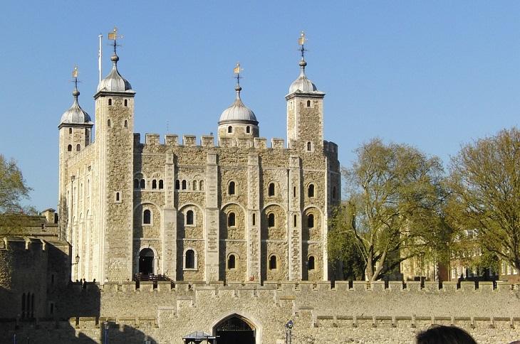 סיפורי שוד: מצודת לונדון
