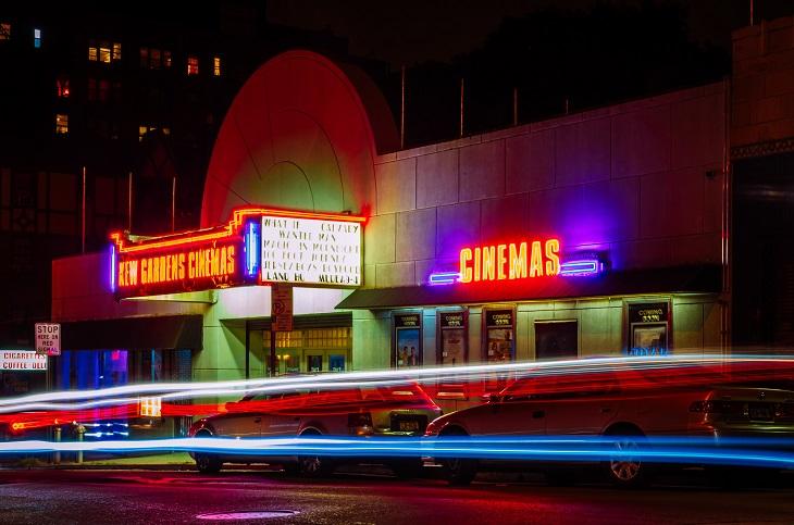 הסרטים הגדולים של שנות ה-90': חזית בית קולנוע