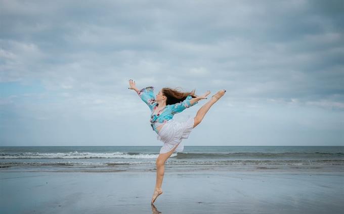 מבחן טריוויה ידע כללי: אישה רוקדת