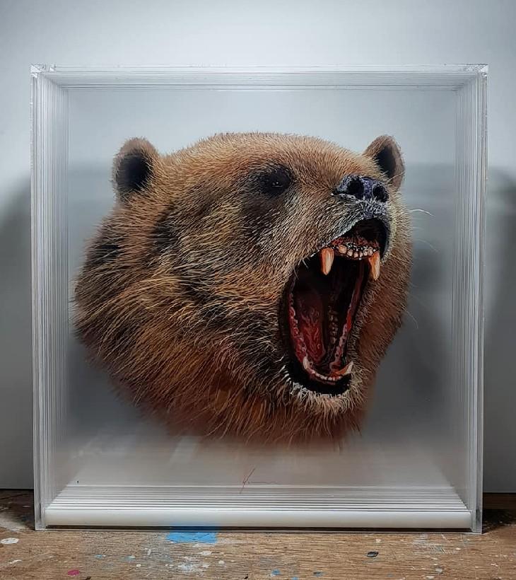 ציורי בעלי חיים בתלת מימד: ציור תלת מימד של דוב שואג