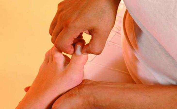 נקודות לחיצה לחולי סוכרת: נקודות לחץ Big Toe Point