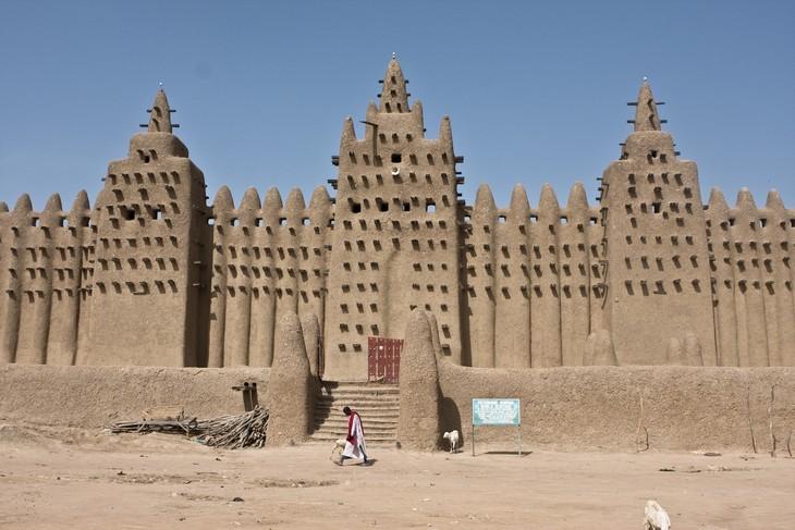 מבנים מרשימים באפריקה: המסגד הגדול של ג'נה