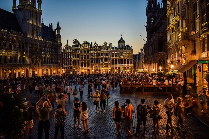 מסלול לטיול בבלגיה: בריסל בשעות הערב