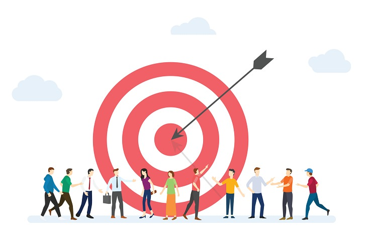 טיפים לשיווק ומכירה טובים יותר: איור של חץ פוגע במטרה