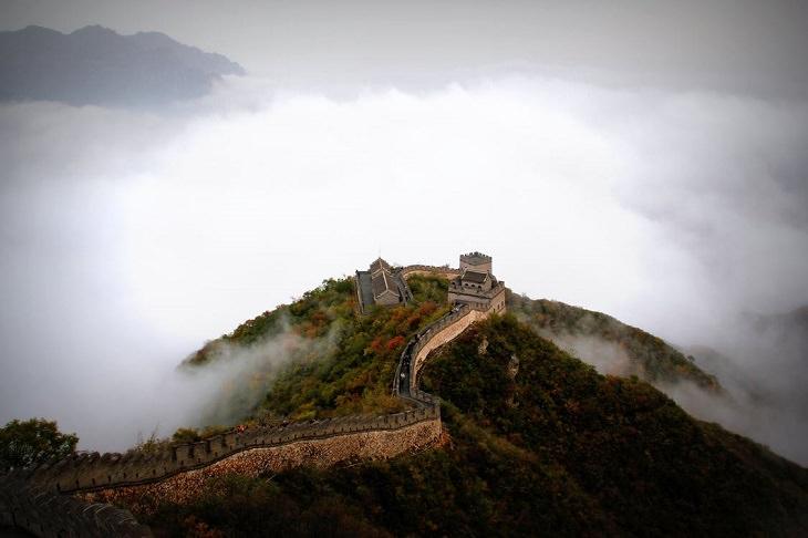 אסטרולוגיה לשנת 2020 לפי לוח השנה הסיני: החומה הסינית ממבט על