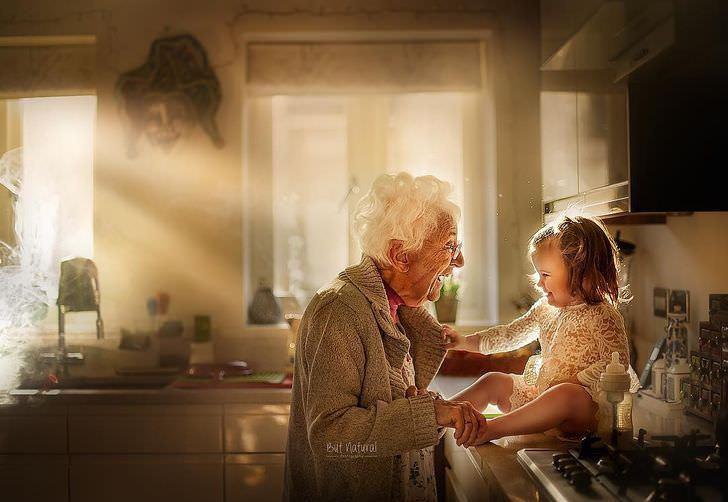 תמונות מרגשות של סבתות ונכדים