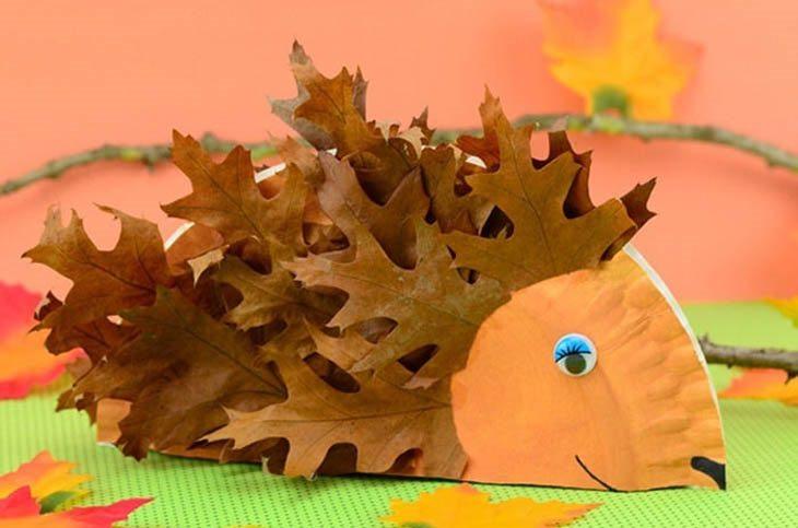 פעילויות יצירה לילדים לסתיו: קיפוד עם קוצים מעלי שלכת