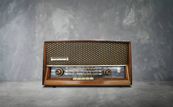 חידון הביטלס: מקלט רדיו