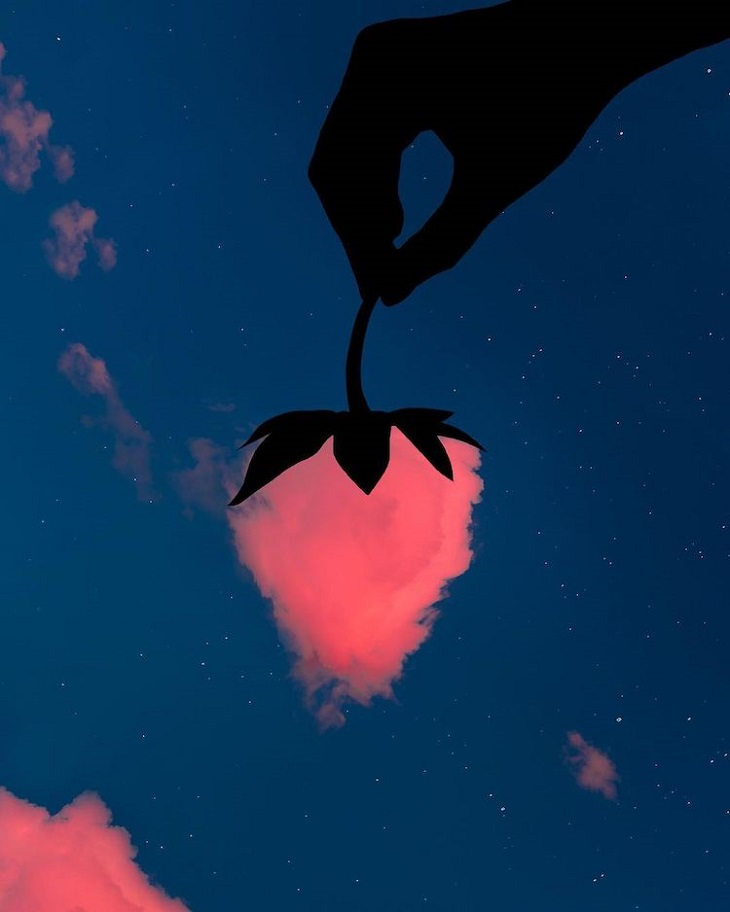 תמונות אמנותיות המשלבות עננים וגרמי שמיים: ענן בצורת תות