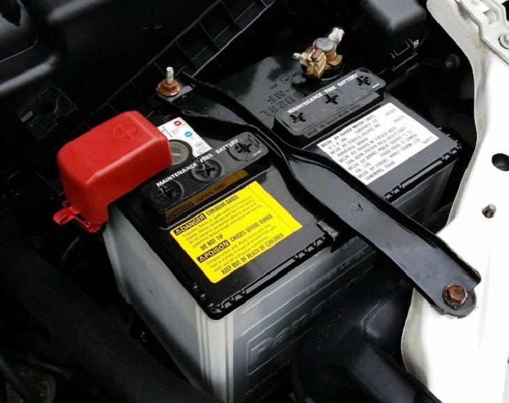 חלקים ומערכות ברכב: מצבר המכונית
