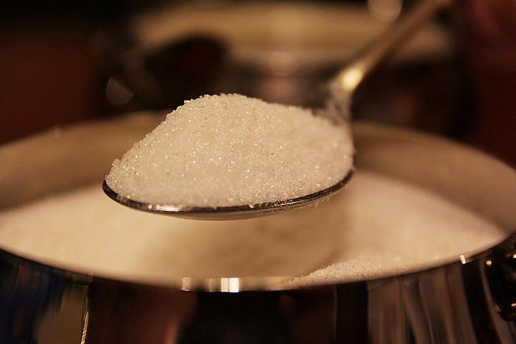 מומחה מסביר על סוכר ותחליפי סוכר: כפית סוכר
