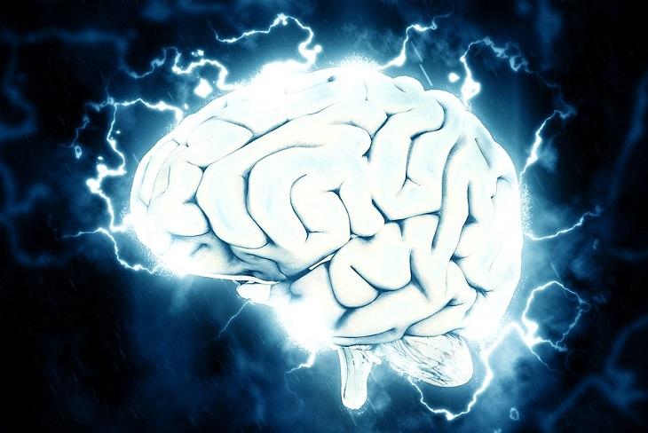 יתרונות של נגינה: מוח