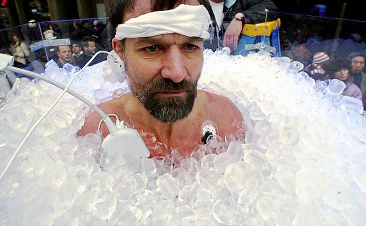 שיטת וים הוף: וים הוף באמבטיה מלאה בקרח