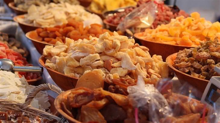 מזונות עם תוקף ארוך: פירות יבשים