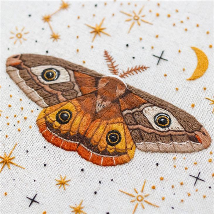 עבודות רקמה עם השראה מהטבע: פרפר
