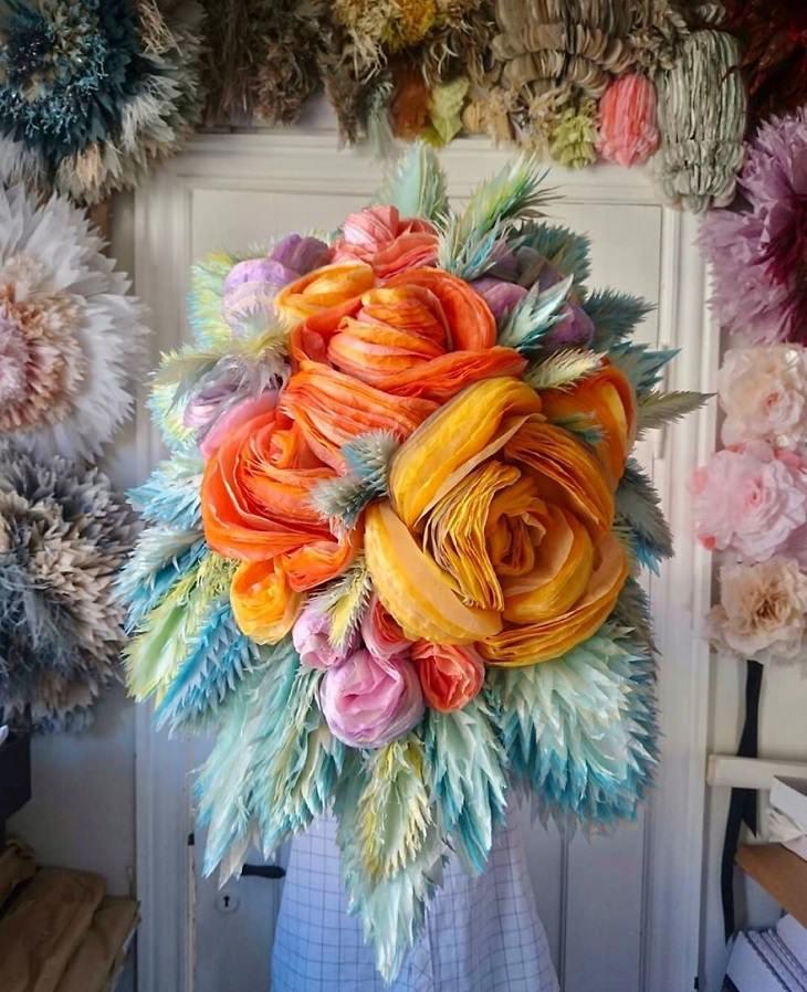 פרחי ענק מנייר טישו: פרחים ענקיים