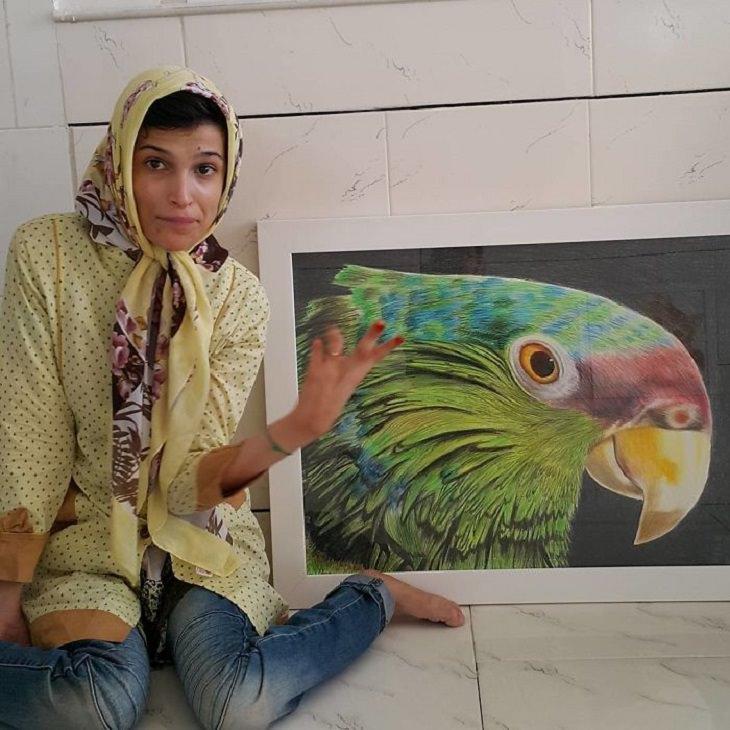 ציורים של אמנית נכה מאיראן: ציור של תוכי