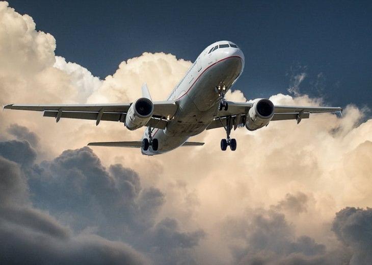 סיפורים על טייסים: מטוס בטיסה