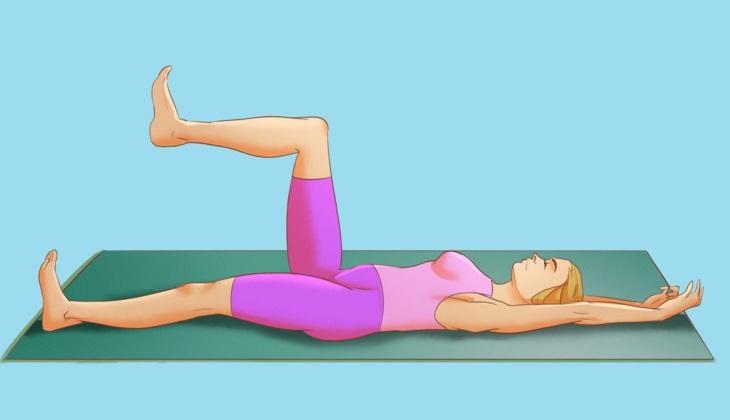 תנוחות יוגה לרגיעה: הדגמה של תנוחת ליבת המשנה