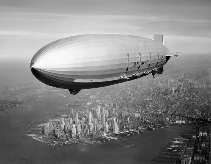 נושאת מטוסים מעופפת: ספינת אוויר