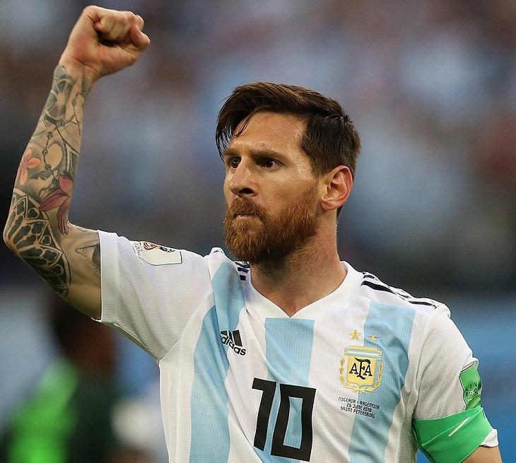 טיפים למנהיגות על פי מסי: מסי במדי נבחרת ארגנטינה