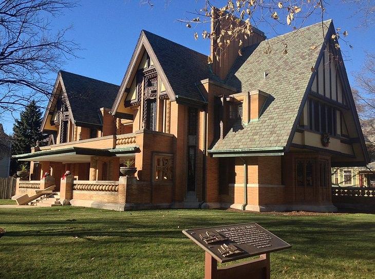 מבנים של פרנד לויד רייט: הבית והסטודיו של פרנק לויד רייט
