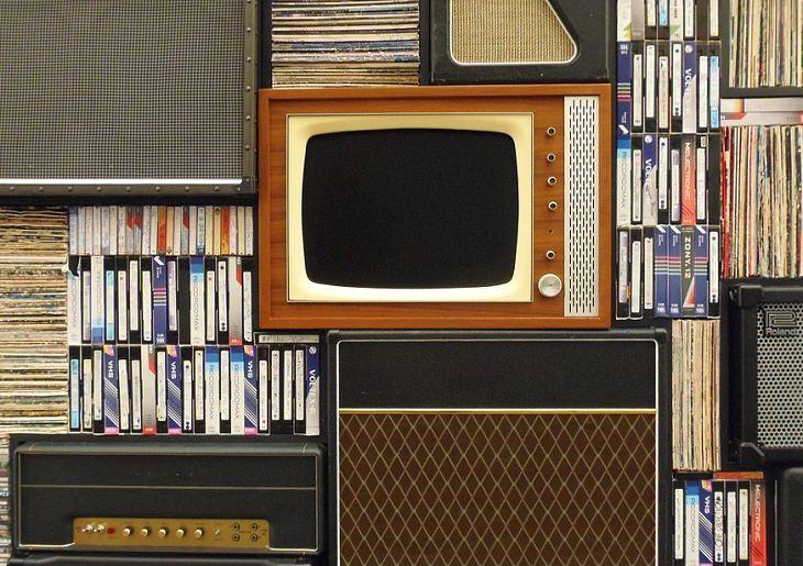 סדרות להיט: טלוויזיה