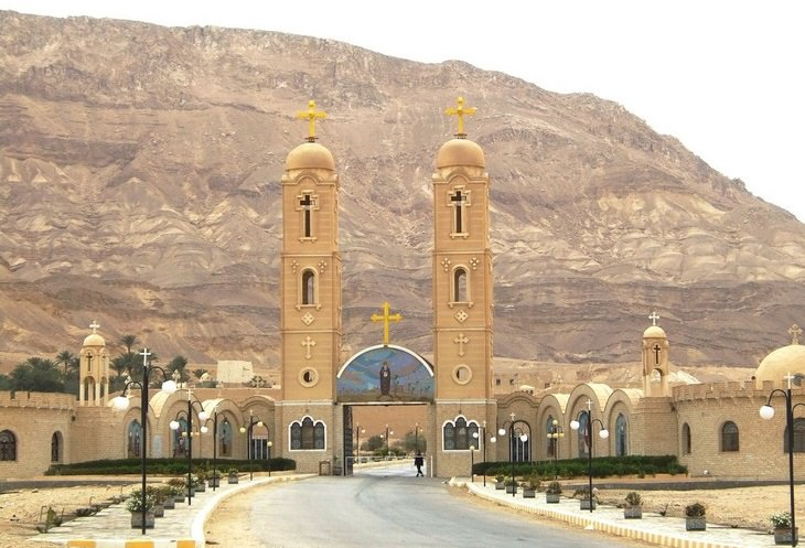 כנסיות עתיקות: מנזר אנטוני הקדוש
