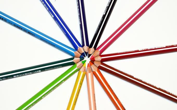 מבחן מלאך שומר: עפרונות צבעוניים