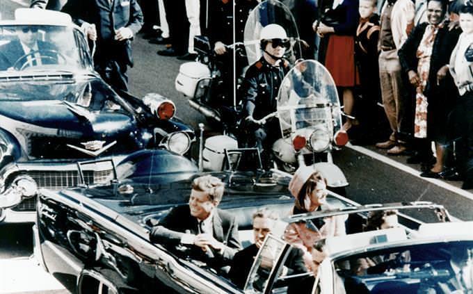 ג'ון קנדי במכונית פתוחה