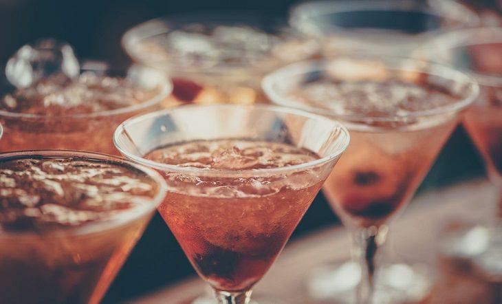 מיתוסים ועובדות שלא הכרתם: כוסות משקה