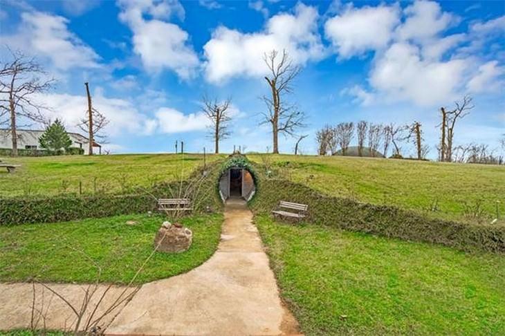 תמונות של בית תת קרקעי מדהים