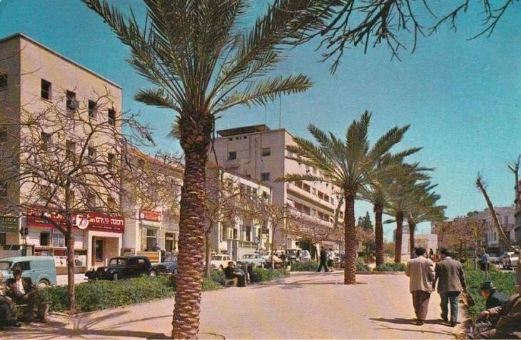 תמונות נוסטלגיות של תל אביב: אחר צהריים בשדרות רוטשילד - 1965