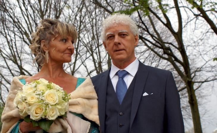 טיפים לנישואים שניים: זוג מבוגר מתחתן