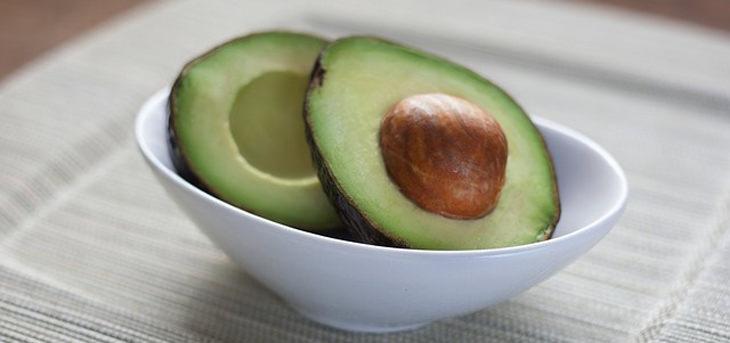 מאכלים נגד התכווצויות שרירים: אבוקדו