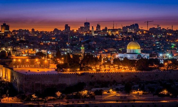 ירושלים בעקבות האור: ירושלים בשקיעה