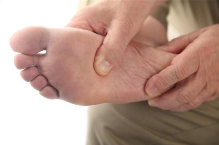 בחירת מדרסים ומכון אורתופדי: כאבים בכף הרגל